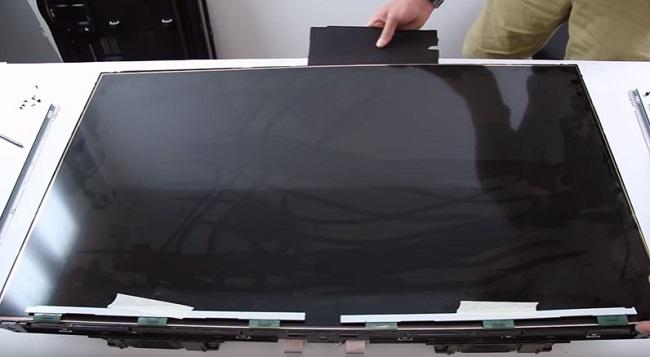 Bạn nên thay màn hình tivi Samsung chính hãng
