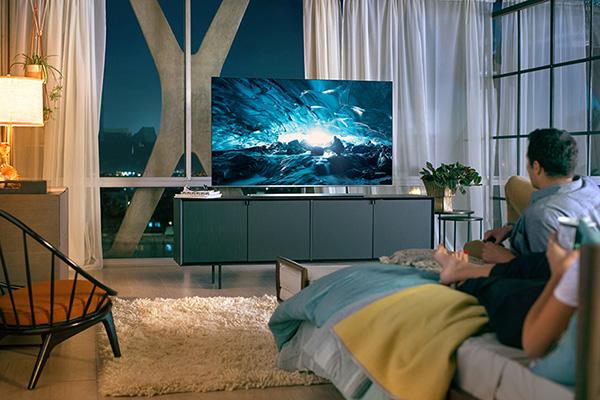 Liên hệ với Điện lạnh Bách Khoa để được thay màn hình tivi Samsung chính hãng
