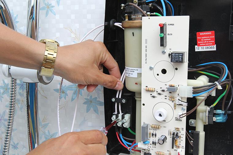 Sửa chữa bình nóng lạnh tại hà đông